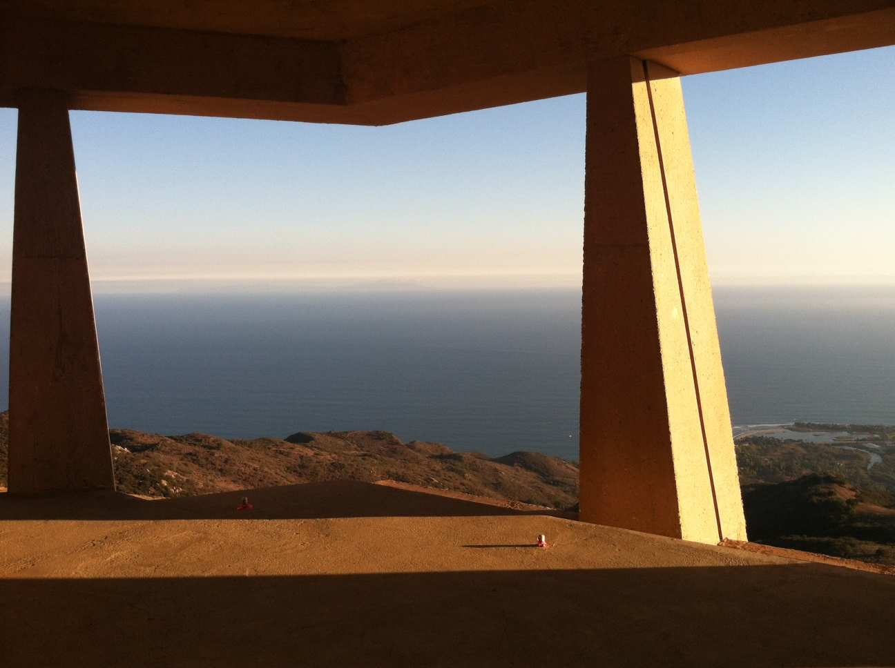 Architecture by Eric Lloyd Wright, Grandson of Frank Lloyd Wright, overlooking Pacific Ocean
